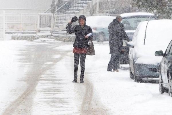 Κουφαθήκαμε: Σε ποια περιοχή της Ελλάδας χιονίζει αυτή τη στιγμή! (Photos)
