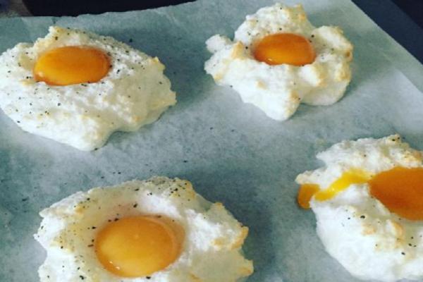 Χαμός στα social media για τα αυγά... σύννεφα! Πως θα τα φτιάξετε μόνοι σας;