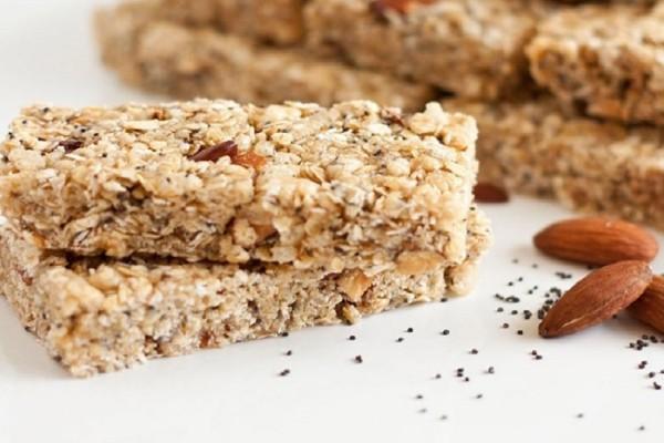 Αδυνατίστε τρώγοντας μπάρες δημητριακών - Δείτε την εύκολη συνταγή