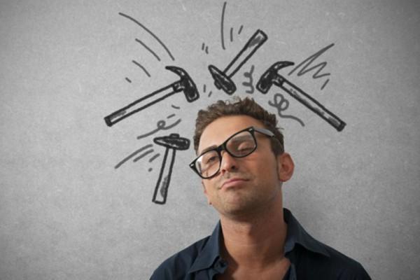 4 φυσικοί τρόποι που θα σας απαλλάξουν από τον πονοκέφαλο!