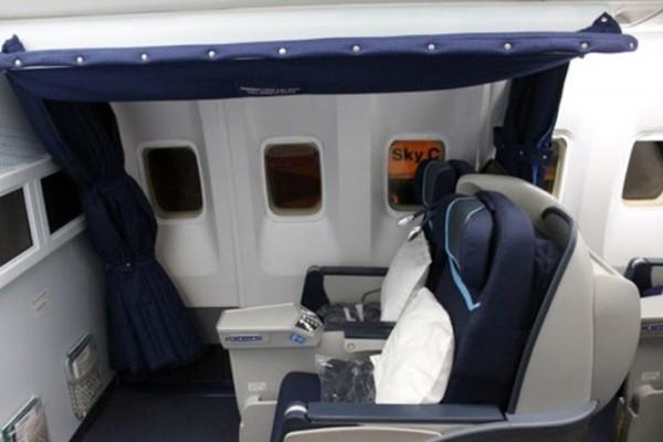 Στα απόκρυφα των αεροπλάνων: Εκεί που ξεκουράζονται οι πιλότοι κατά την διάρκεια μεγάλων πτήσεων! (photos+videos)