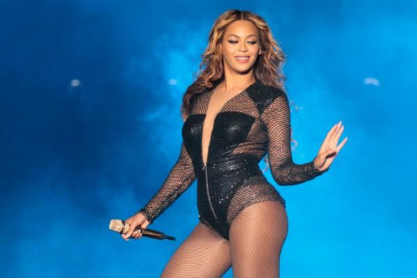 Χάστε έως και ένα κιλό την ημέρα με την δίαιτα της Beyonce! Το αποτοξινωτικό ρόφημα που κάνει «θαύματα»