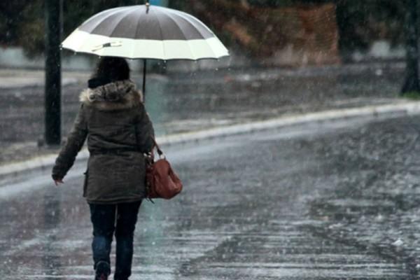 Καιρός: Βροχές και σποραδικές καταιγίδες τη Δευτέρα - Δείτε την αναλυτική πρόγνωση