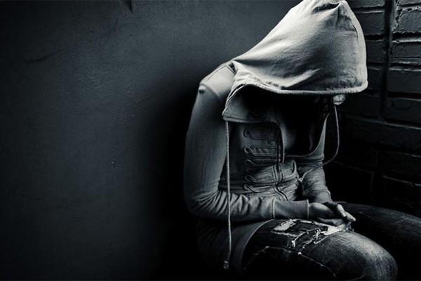 Κατάθλιψη: Ένα συγκλονιστικό ποίημα για την ασθένεια που θα σας επηρεάσει!