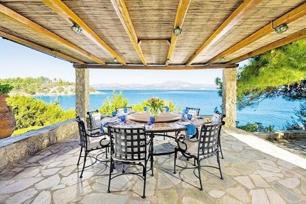 Το πιο όμορφο σπίτι του πλανήτη πωλείται στο Κουνούπι της Αργολίδας για 20 εκατομμύρια ευρώ! Ποια είναι η συγκλονιστική ιστορία του;