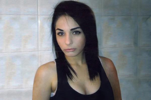 Σοκαριστικές εξελίξεις: Κυκλώματα πίσω από την εξαφάνιση της 18χρονης Ελένης! (videos)