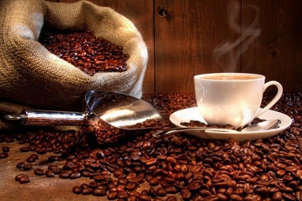 Εάν αγαπάτε τον καφέ δείτε ποια είναι τα οφέλη του και ποιες οι επιπτώσεις