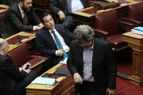 Νέος καφενειακός καυγάς στην Βουλή μεταξύ Αδωνι και Πολάκη: