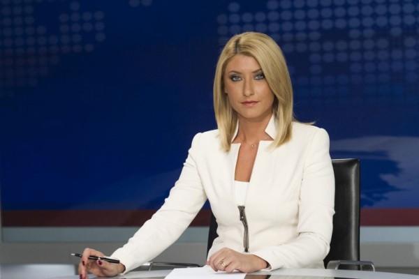 Η πρώτη φωτογραφία της Σίας Κοσιώνη με φουσκωμένη κοιλίτσα! Δείτε την φωτογραφία ντοκουμέντο από τα γραφείο του ΣΚΑΙ!