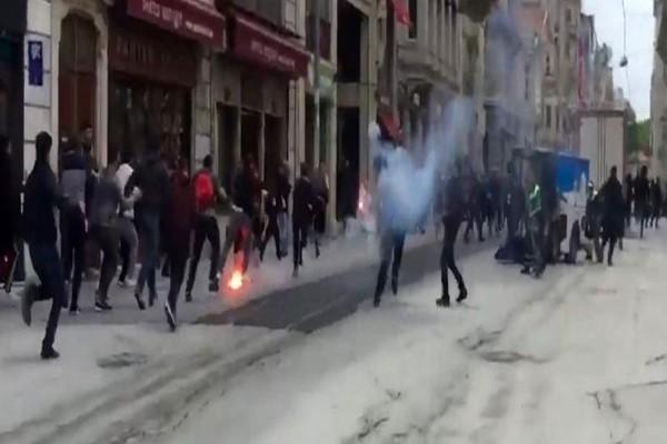Επίθεση Τούρκων σε οπαδούς του Ολυμπιακού στην Κωνσταντινούπολη! Πέντε τραυματίες, ένας μαχαιρωμένος (video)