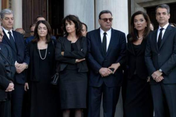 Στο Ωνάσειο ο Ίσιδωρος Κούβελος- Κατέρρευσε στην κηδεία του Κωνσταντίνου Μητσοτάκη! (Photo)