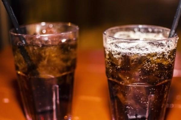 Ποιες είναι οι επιπτώσεις από την καθημερινή κατανάλωση αναψυκτικών