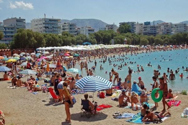 Αυτές είναι οι 10 κορυφαίες παραλίες της Αττικής για να