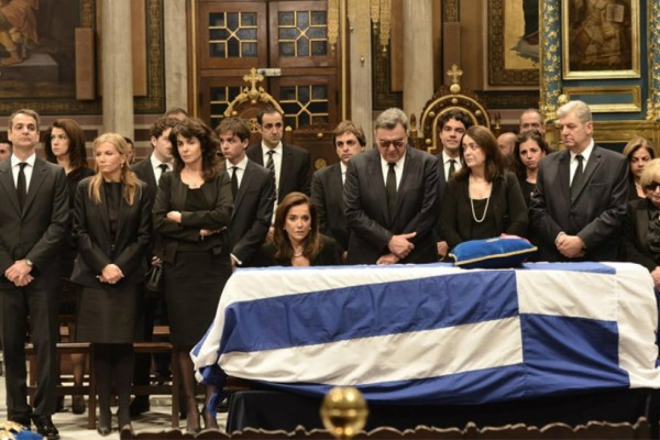 Η Ελλάδα αποχαιρέτησε τον Κωνσταντίνο Μητσοτάκη! Πλούσιο φωτορεπορτάζ από το αντίο στον πρώην πρωθυπουργό!