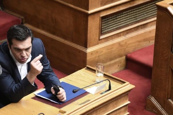 Υπερψηφίστηκε από Τσίπρα και Καμμένο το 4ο Μνημόνιο! Άγρια κόντρα στην Βουλή