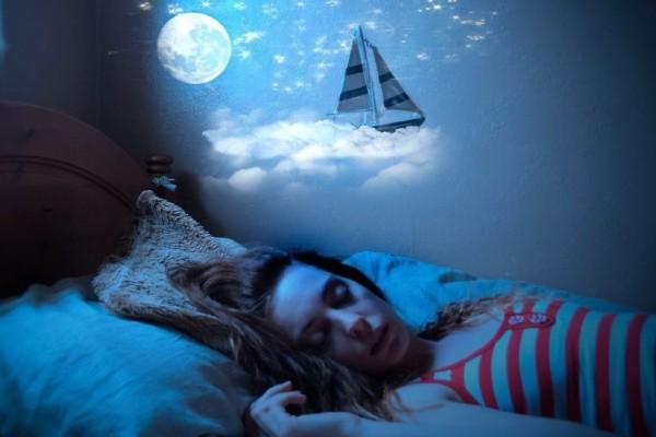 Βλέπεις νεκρούς στον ύπνο σου; Δες τι σημαίνει!