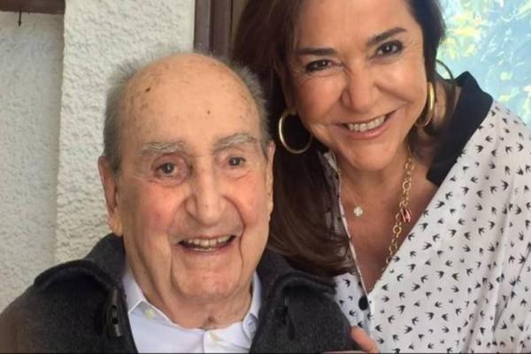 Βαρύ πένθος: Σε άθλια κατάσταση η Ντόρα Μπακογιάννη για τον χαμό του πατέρα της Κ. Μητσοτάκη! Εικόνες που σοκάρουν... (Photos)