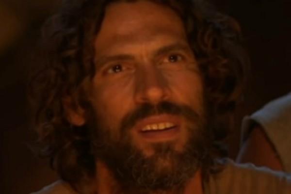 Survivor: Τα ξεχωριστά γενέθλια του Γιάννη Σπαλιάρα! Τι και αν είναι μακριά...οι φίλοι του το έκαψαν για εκείνον!