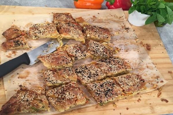 Στριφτάρια: Πεντανόστιμη πίτα λαχανικών από την Αργυρώ Μπαρμπαρίγου!