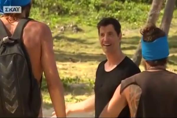 Survivor - Το είδαμε και αυτό: Ο Σάκης Ρουβάς τρίβει καρύδες! (Video)