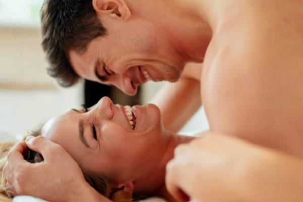 Οι στάσεις στον έρωτα που διώχνουν το άγχος και σας φέρνουν πιο κοντά!