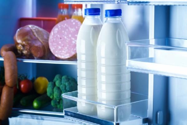 Ορίστε γιατί δεν πρέπει να βάζουμε στην πόρτα του ψυγείου το γάλα! - Εσείς το γνωρίζατε;