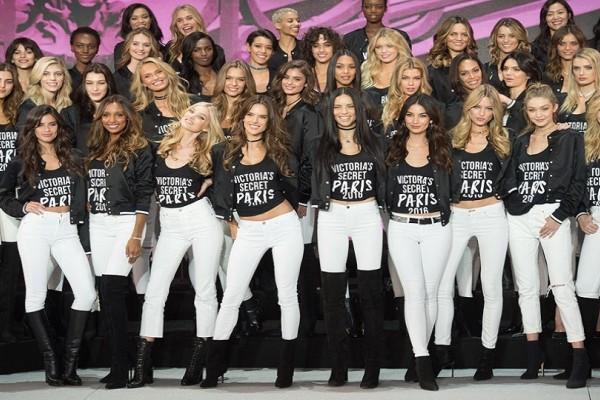 Τι τρώνε άραγε τα μοντέλα της Victoria's Secret και διατηρούν την αψεγάδιαστη σιλουέτα τους; - Η απάντηση είναι αυτή!