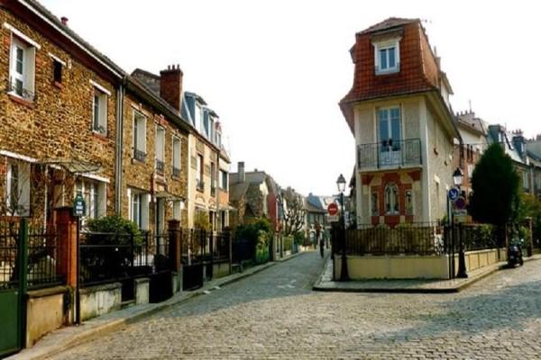 Το μεσαιωνικό χωριό με τα παραδοσιακά σπίτια και τις οάσεις ηρεμίας στην