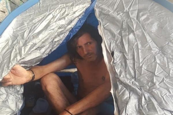 Πάτρα: Του έκοψαν την αναπηρική σύνταξη και εκείνος προχωράει σε απεργία πείνας! - Τι λέει ο ίδιος ξεσπώντας (Video)