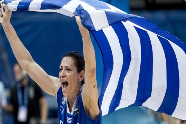 Αρχηγάρα! Εβίνα Μάλτση: «Όταν πεθάνω θέλω να φοράω την εμφάνιση με το εθνόσημο»