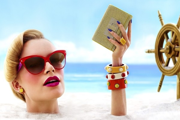 Βουτιές και μακιγιάζ απαγορεύονται! - Δες τι παθαίνει το δέρμα σου αν φοράς στη θάλασσα make-up!