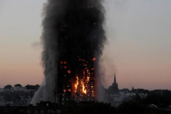 Λονδίνο: Στους 17 οι νεκροί από τον πυρκαγιά στον