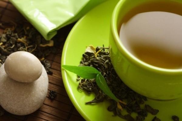 Απίστευτο! Δείτε τι έπαθε μια έφηβη που έπινε καθημερινά 3 ποτήρια πράσινο τσάι - Ακόμη και οι γιατροί σοκαρίστηκαν από την κατάστασή της!