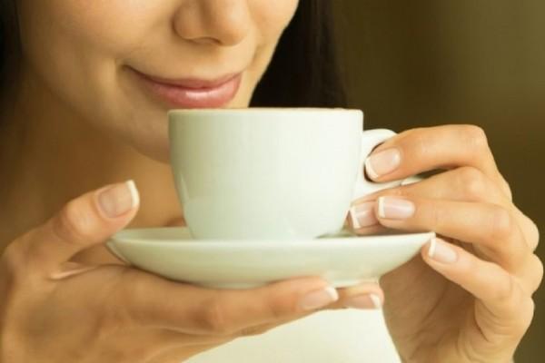 Αυτός είναι ο λόγος που δεν θα πρέπει να πίνετε καφέ το πρωί νηστικοί!