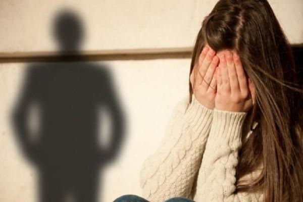 Κρήτη: 30χρονος εξέδιδε την ανήλικη κοπέλα του για να βγάζει