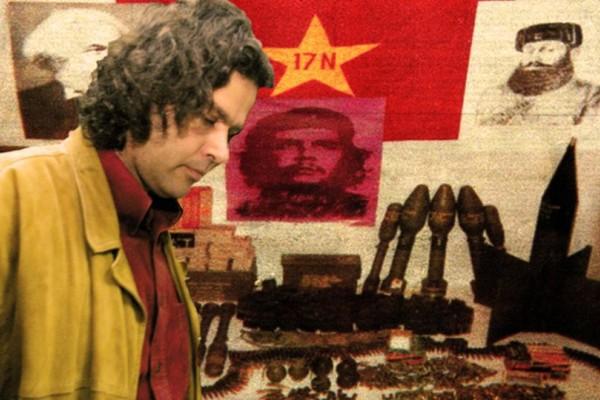Σαν σήμερα - 29 Ιουνίου 2002: Βόμβα σκάει στα χέρια του Σάββα Ξηρού και αποκαλύπτεται η