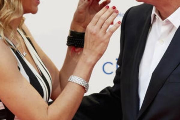 Ποιος ηθοποιός κλέβει τις εντυπώσεις δίπλα στην κατά 33 χρόνια νεότερη σύντροφο του;