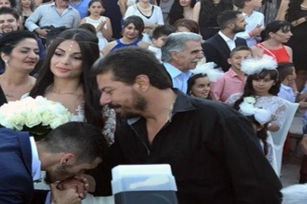 Απίστευτη γαμοβάφτιση στην Κρήτη με 13  νονούς και 13 κουμπάρους! (photos+video)