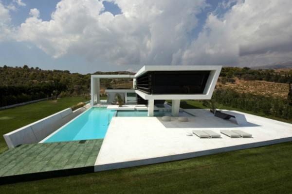 Θα μείνετε με το στόμα ανοιχτό! Και όμως αυτό το σπίτι υπερθέαμα βρίσκεται στην Αθήνα! (photos)