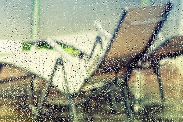Χειμώνας στην καρδιά του καλοκαιριού: Έκτακτο δελτίο επιδείνωσης καιρού φέρνει καταιγίδες και χαλάζι στην χώρα!