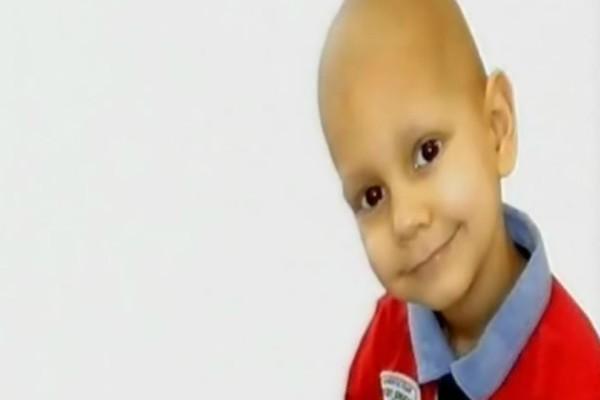 Μαζεύτηκε όλο το ποσό για να χειρουργηθεί ο μικρός Βαγγελάκης! Το συγκινητικό μήνυμα των γονιών του!