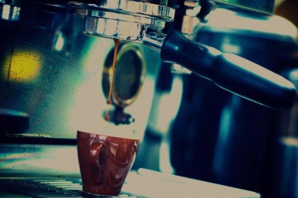 Για μερακλήδες: Τα 6 μαγαζιά στην Αθήνα που προσφέρουν αυθεντικό, μυρωδάτο, καφέ!
