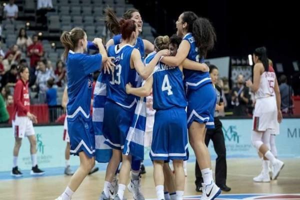 Όπως τους άρμοζε: Αποθεώθηκαν παρά την ήττα οι Ελληνίδες διεθνείς!