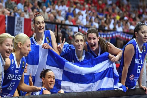 Πάμε κοριτσάρες: Η τελευταία φωτογραφία της Εθνικής Γυναικών πριν τον μεγάλο ημιτελικό με την Γαλλία!