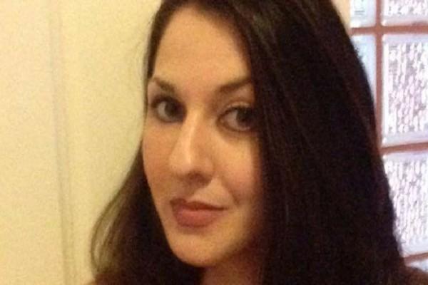 Διαδώστε το: H 30χρονη Ελένη σε χρειάζεται! - Έστω και μια κοινοποίηση βοηθά!