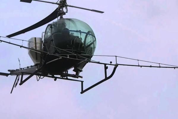 Έκτακτη είδηση! Συνετρίβη ελικόπτερο στον Σχινιά! Ανασύρθηκαν δύο άτομα χωρίς τις αισθήσεις τους