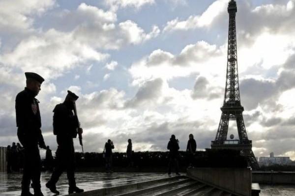 Αποκάλυψη που σοκάρει: Ποιο το επάγγελμα του δράστη της επίθεσης στο Παρίσι