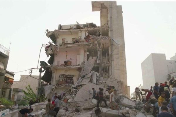 Προσοχή: Κάνει σεισμό και είσαι στον 7ο όροφο! Που πας; Στην ταράτσα ή στο ισόγειο;