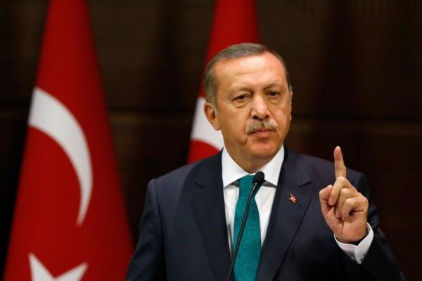 Λιποθύμησε ο Ερντογάν: Εκτάκτως στο νοσοκομείο!