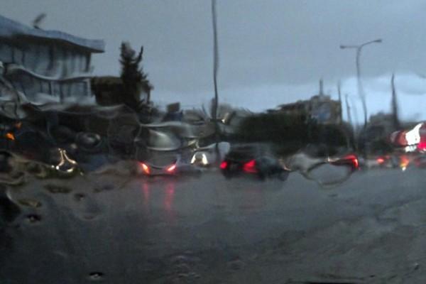 Άστατος ο καιρός στη χώρα αύριο Πέμπτη - Για ποιο φαινόμενο προειδοποιούν οι μετεωρολόγοι